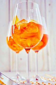 Extend your vacation with the Aperol Spritz